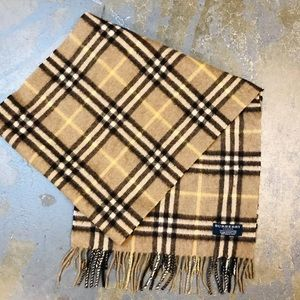 authwntic BURBERRY beige plaid CASHMERE scarf $490
